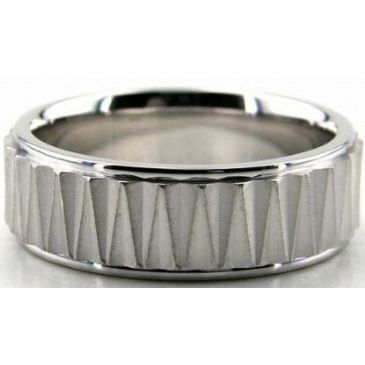 18K Gold 7mm Diamond Cut Wedding Band 689