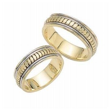 950 Platinum and 18K Gold His & Hers Two Tone Wedding Band Set 018