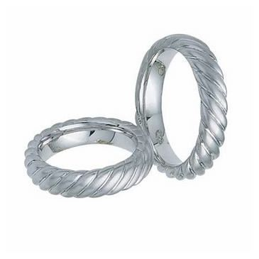 950 Platinum His & Hers Classic Swirl Wedding Band Set 020