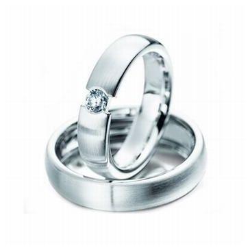 18k His & Hers Gold 0.09 ct Diamond 119 Wedding Band Set