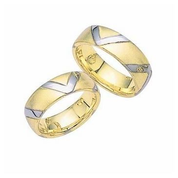 18k Gold His & Hers Two Tone V Design Wedding Band Set 008