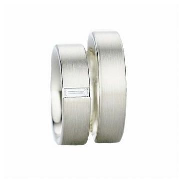 18k His & Hers Gold 0.15 ct Diamond 122 Wedding Band Set HH12218K