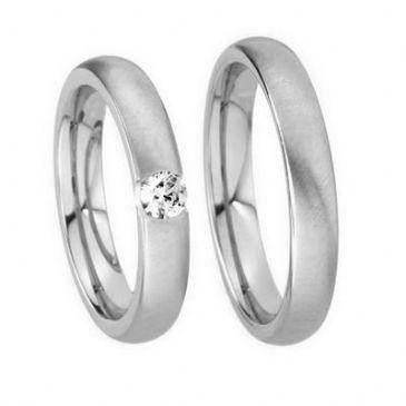 18k His & Hers Gold 0.05 ct Diamond 133 Wedding Band Set HH13318K