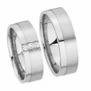 18k His & Hers Gold 0.09ctw. Diamond 140 Wedding Band Set HH14018K