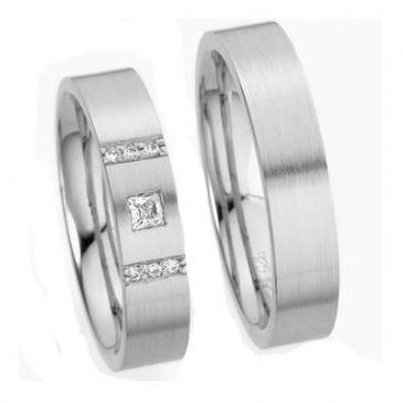 18k His & Hers Gold 0.05 ct Princess Diamond and 6 0.015 ct Round Diamonds 141 Wedding Band Set HH14118K