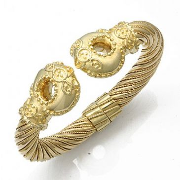 18K Yellow Gold Queen Royal Almani Design Handmade Bangle