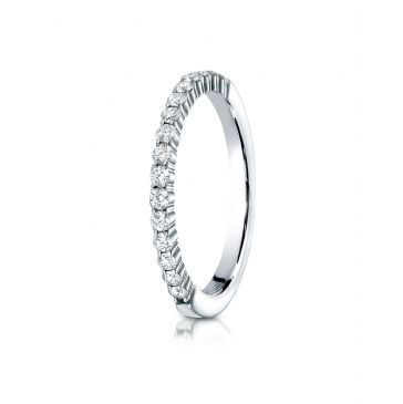 14k White Gold 2mm high polish Shared Prong 16 Stone Diamond Ring (.32)