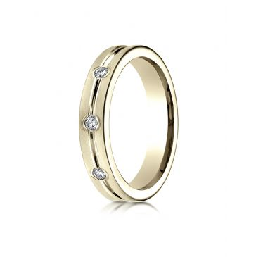 18k Yellow Gold 6mm Comfort-Fit Etched Burnish Set 8-Stone Diamond Eternity Ring (.32ct)