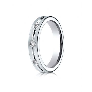 18k White Gold 6mm Comfort-Fit Etched Burnish Set 8-Stone Diamond Eternity Ring (.32ct)