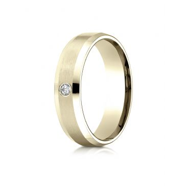 14k Yellow Gold 6mm Comfort-Fit Beveled Burnish Set 1-Stone Diamond Ring (.08ct)