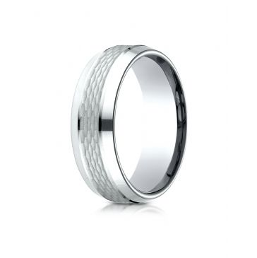 18k White Gold 7.5mm Comfort Fit Chain Link Center with High Polish Beveled Edge Design Band