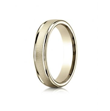 18k Yellow Gold 4mm Comfort-Fit Wired-Finished High Polished Round Edge Carved Design Band