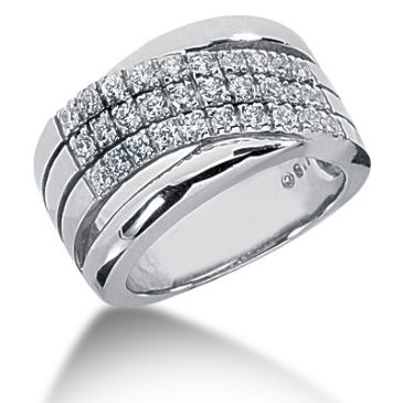 18K Lined Round Brilliant Diamond Anniversary Ring (0.6ctw.)
