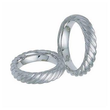 14k Gold His & Hers Classic Swirl Wedding Band Set 020