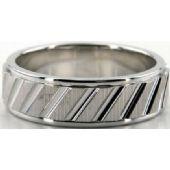 14K Gold 7mm Diamond Cut Wedding Band 686